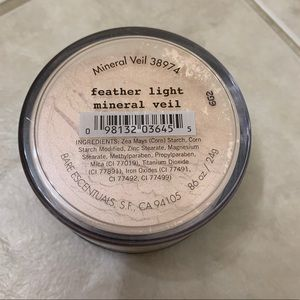 BareMinerals feather light mineral veil .86 oz